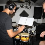 Bastien (percussions) fait quelques essais