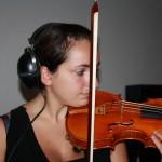 Aurore (violon) en plein enregistrement